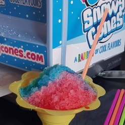 SNOWY CONES FUN FOOD